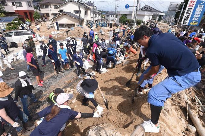「ボランティア 画像 無料 被災地」の画像検索結果