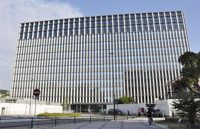福岡の裁判所庁舎移転 法曹機能...