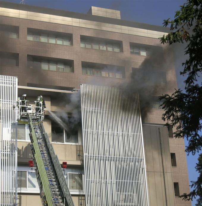 建物 燃える