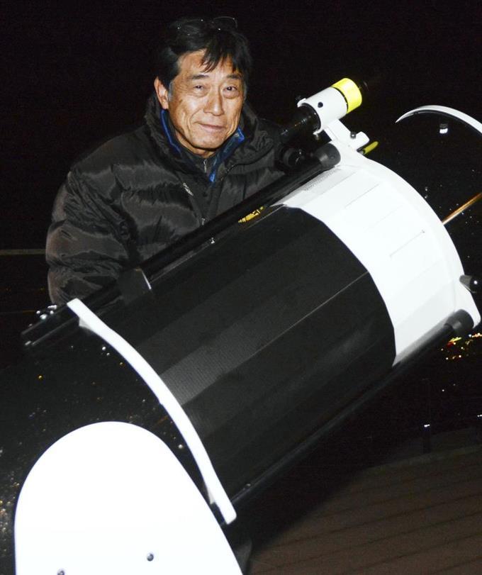 """星空の""""宅配""""サービスを提供するアマチュア天文家の山本稔さん=愛知県幸田町"""