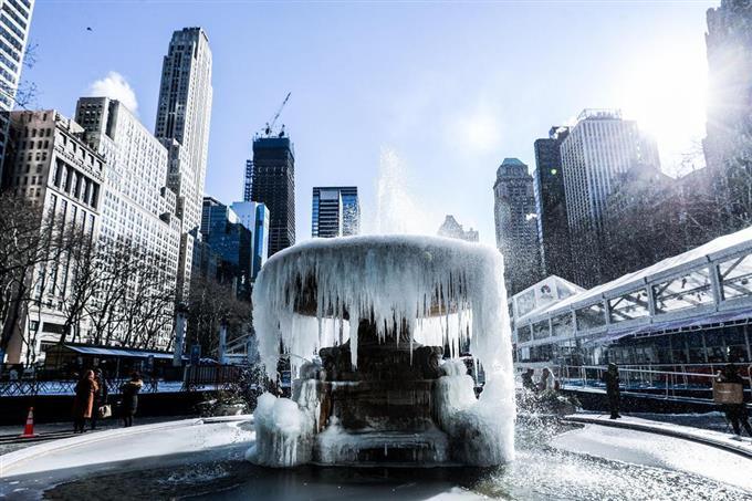 米に寒波、氷点下41度 中西部、...