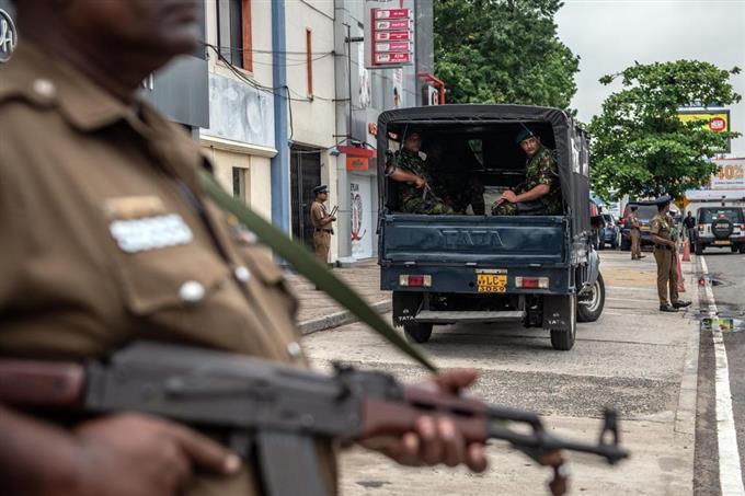 テロ容疑者捜索で銃撃戦 スリランカ、爆弾を押収 - サッと見ニュース ...