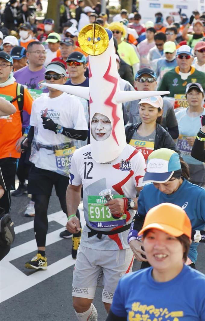 大阪マラソン、3万人疾走 新コース、大阪城ゴールに - 読んで見フォト ...