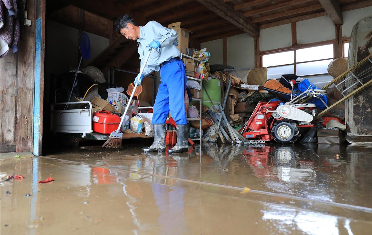 産経フォト住民ら片付け作業本格化 最上川氾濫した山形・大石田町