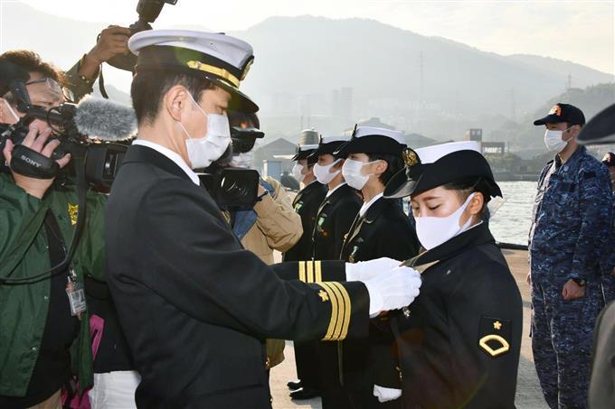 産経フォト女性潜水艦乗組員が誕生 5人訓練終了、海自呉基地サイトナビゲーション女性潜水艦乗組員が誕生 5人訓練終了、海自呉基地PRPRスゴい!もっと見る瞬間ランキングもっと見るPRPRRICOH THETAが記憶する景色PRPR産経スペシャル今週のトピックス話題のランキング