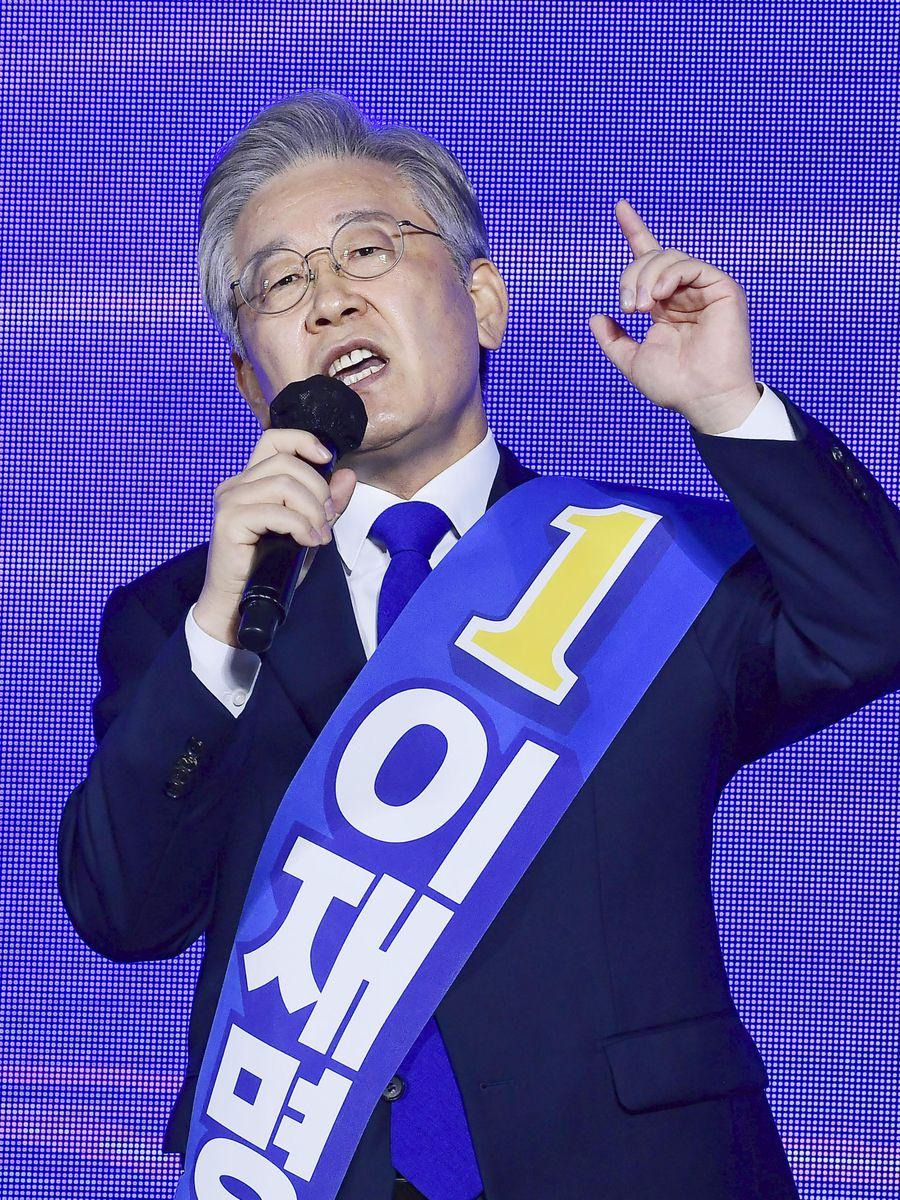 4日、韓国・大田で演説する与党「共に民主党」の李在明・京畿道知事(共同)