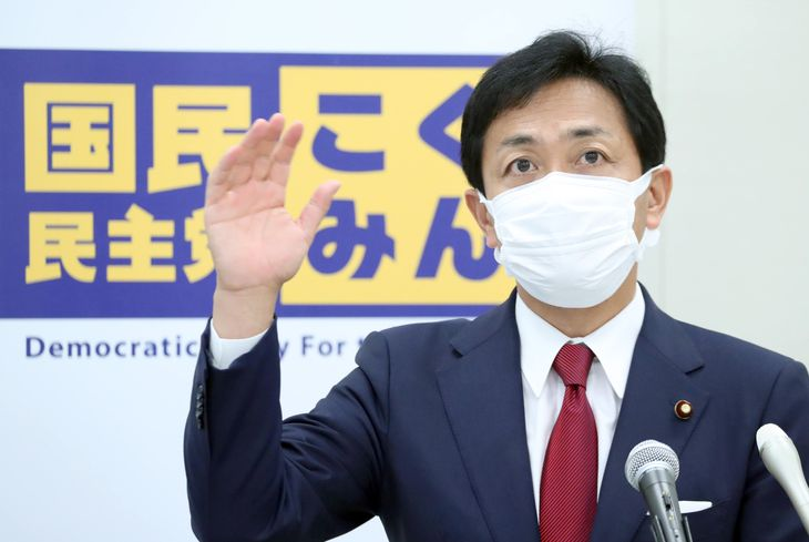 会見を行う国民民主党・玉木雄一郎代表=7日午後、国会内(矢島康弘撮影)