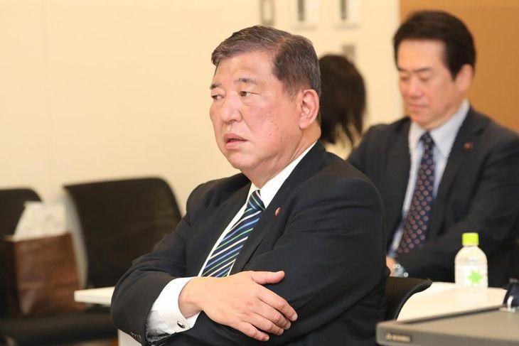 自民党の石破茂元地方創生担当相(春名中撮影)