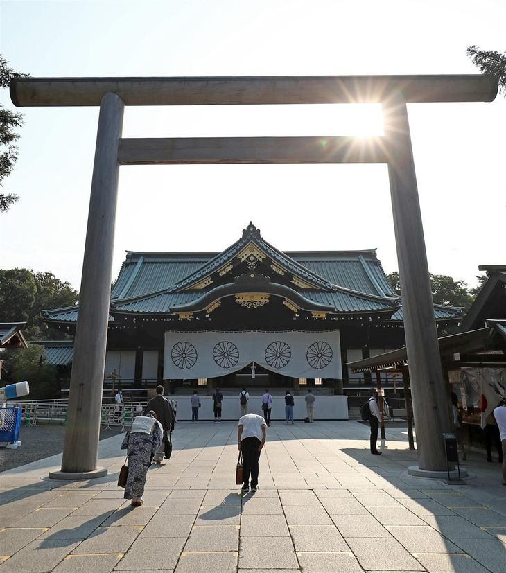 安倍晋三前首相が首相退任後初めて参拝した靖国神社=8月14日、東京・九段北(桐山弘太撮影)