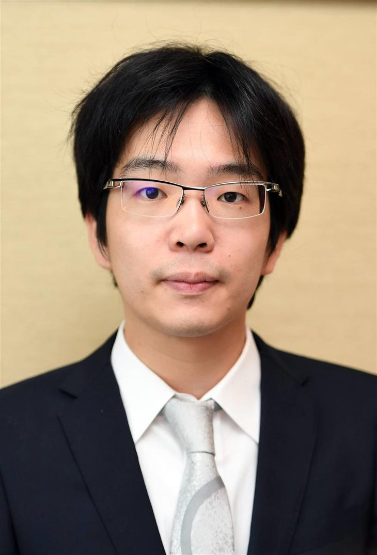 第92期ヒューリック杯棋聖戦決勝トーナメント1回戦で鈴木大介九段を破り、ベスト8進出を決めた豊島将之二冠