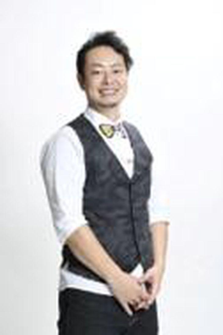 髪(ヘア)ファッション四季(東京都荒川区)で代表取締役を務める飛田恭志(たかし)さん