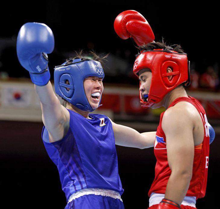 入江(左)の激闘も張本氏の心には響かなかったようだ