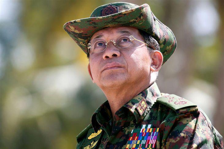 ミン・アウン・フライン国軍総司令官=2018年2月(ロイター=共同)
