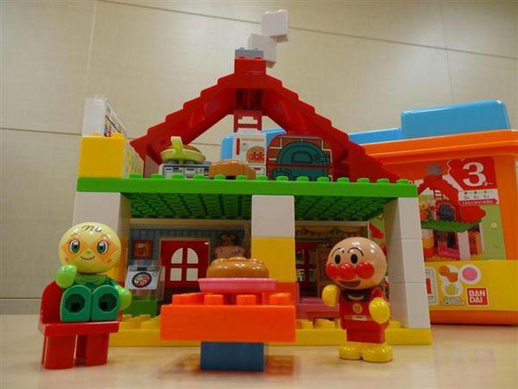 選択肢広がる知育玩具 「立体的思考」育むブロック…オススメは「少し難しい」もの