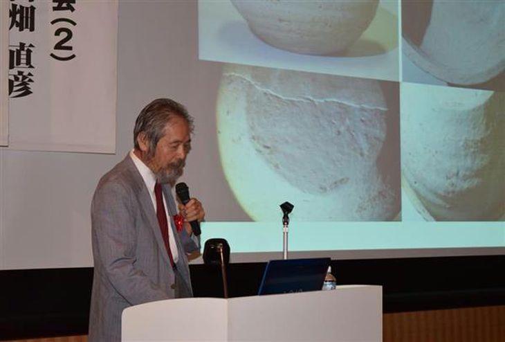 弥生期の日本の国々について講演する福岡大の武末純一教授