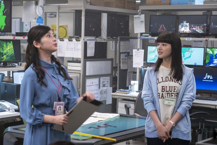 永浦百音(清原果耶、右)と神野マリアンナ莉子(今田美桜) (C)NHK