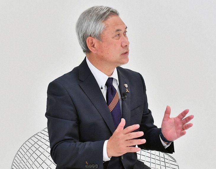 サッカー元なでしこジャパン監督として一世を風靡した佐々木則夫氏(BSフジ提供)