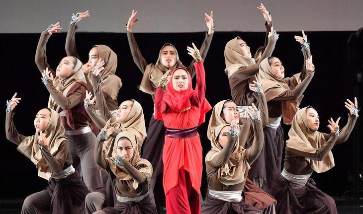【動画】「一本のペンが世界を変える」 マララさんテーマにダンス創作 トキワ松学園高が希望と勇気を表現