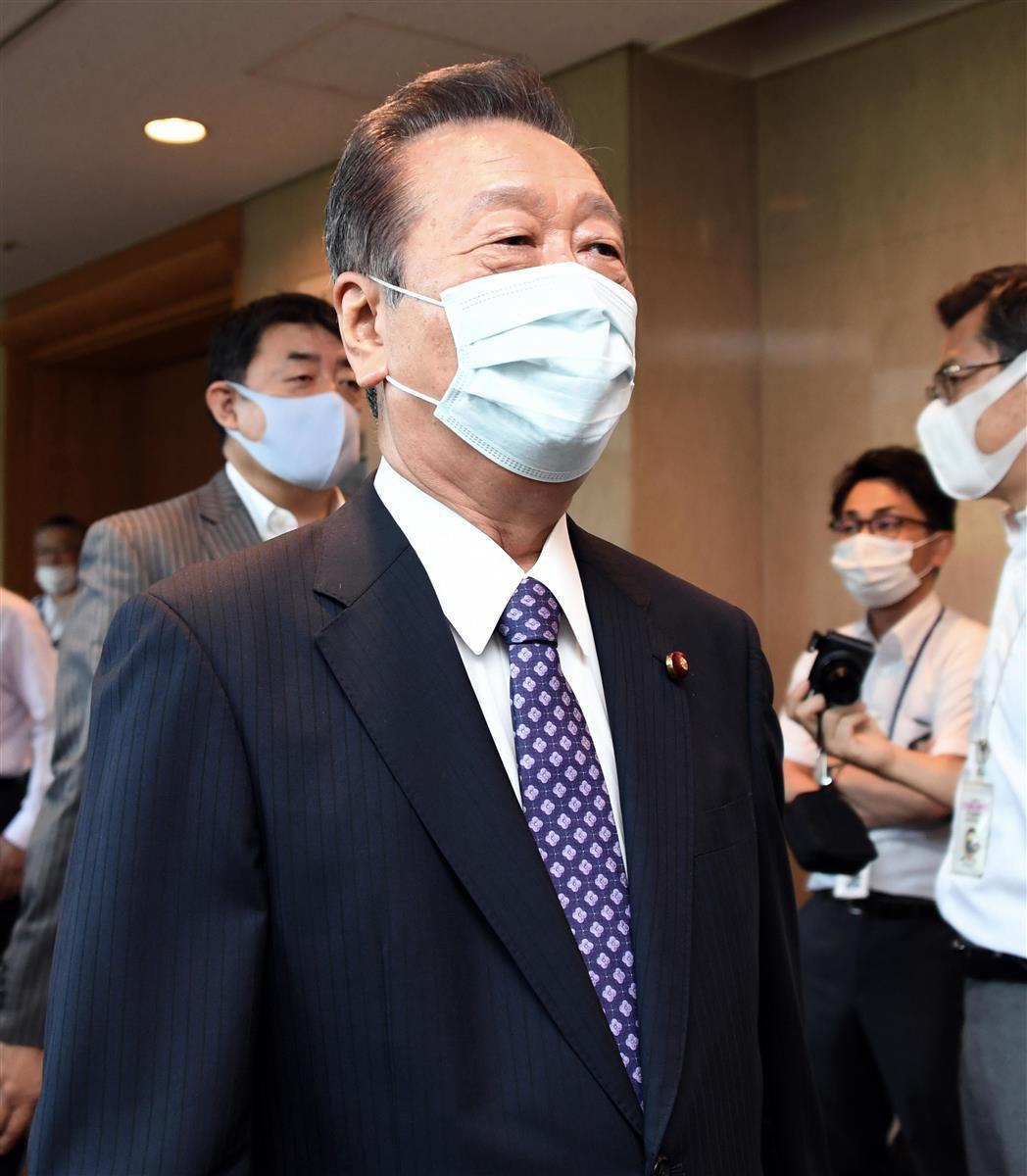 国民民主党の両院議員総会を前に、姿を見せた小沢一郎衆院議員=19日午後、東京・平河町の都市センターホテル(酒巻俊介撮影)