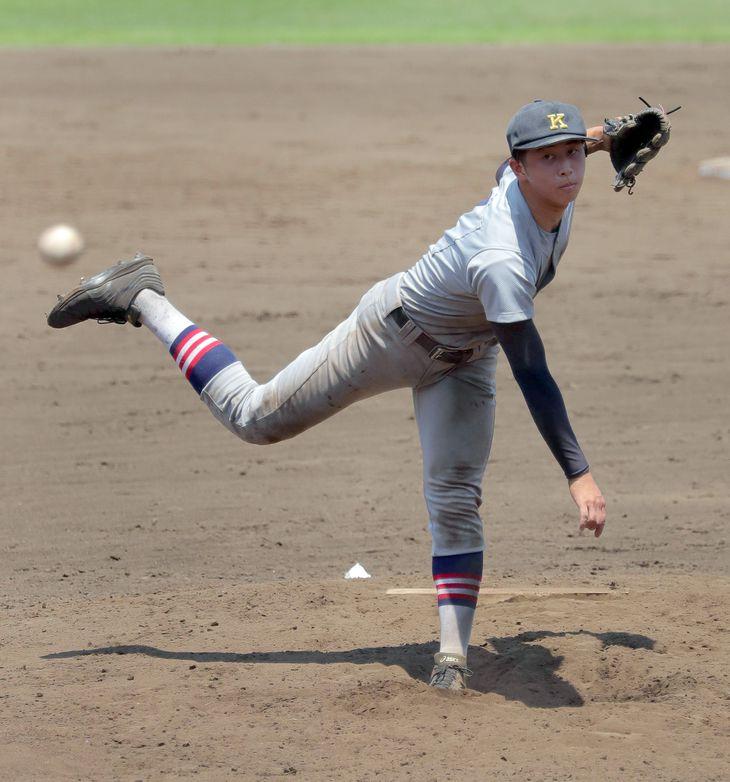 慶応の前田晃宏選手。父は広島で活躍した前田智徳氏