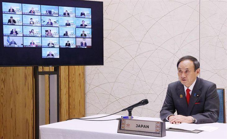 テレビ会議方式で行われたAPEC首脳会議で発言する菅義偉首相=20日、首相官邸(内閣広報室提供)