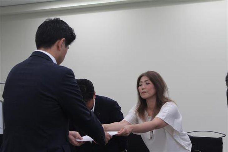 【太陽光発電問題】経産省「地元と共生できない業者は資格取り消しも」 韓国系企業の発電所建設計画で、静岡・伊東市住民らが陳情