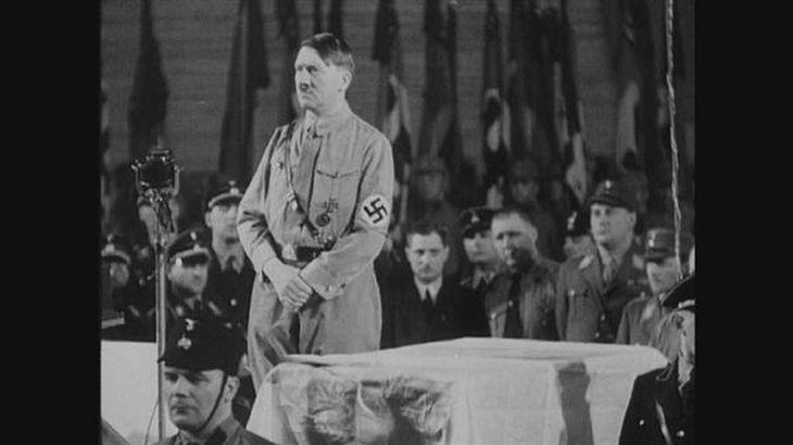 「NHKスペシャル 映像の世紀」のデジタルリマスター版から。演説するヒトラー