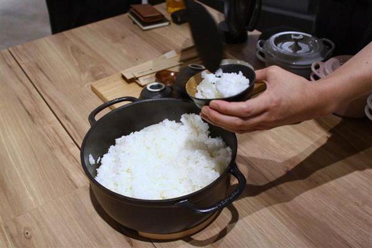 【開発ヒストリー】町工場から「世界最高の炊飯器」づくりに挑戦 発売延期し簡単直火炊き実現