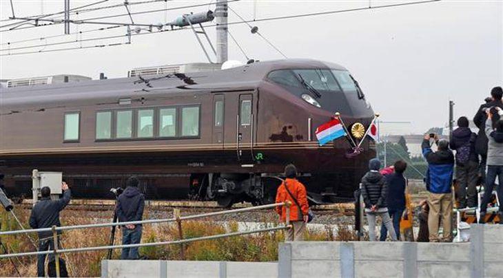お召し列車に鉄道ファン興奮 天皇、皇后両陛下の茨城県ご訪問で運行