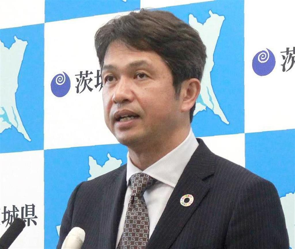 コロナウイルス感染者確認について会見する茨城県の大井川和彦知事
