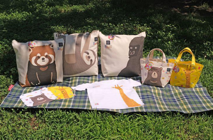 京都市動物園の動物をモデルにした商品(ルシエール・ジャパン提供)