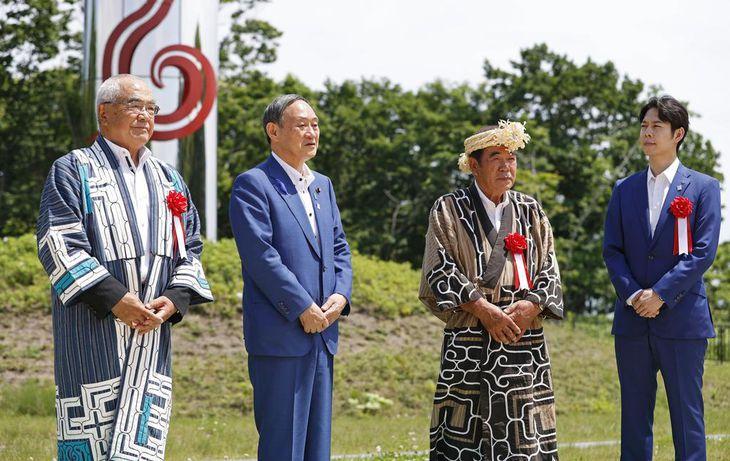 菅氏が北海道視察 宣言発令後初、経済両立へ旗振り役