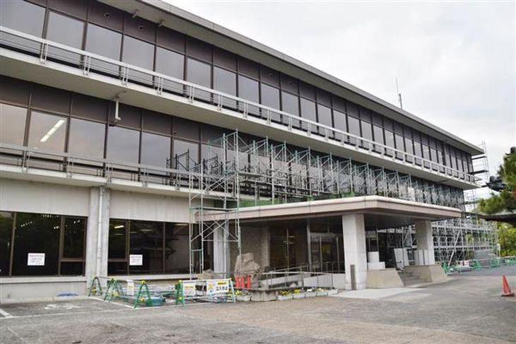 認定こども園の建設をめぐり、議会が割れている奈良県河合町の町役場
