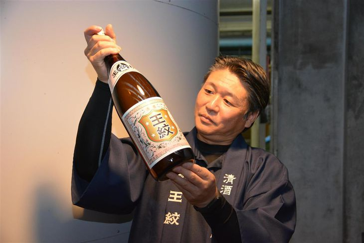 【酒の蔵探訪】地元の人が地元の米と水で醸す地酒 新潟県新発田市・市島酒造