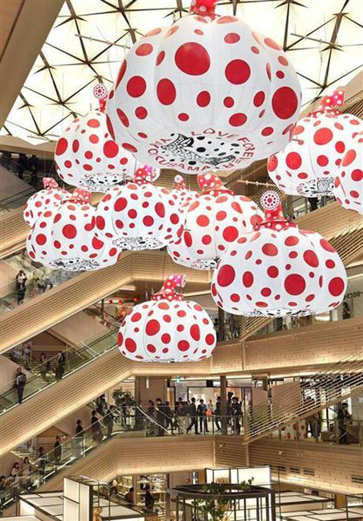 GINZA SIX開業 銀座集客の「真打ち」 国際都市・東京 競争力向上へ