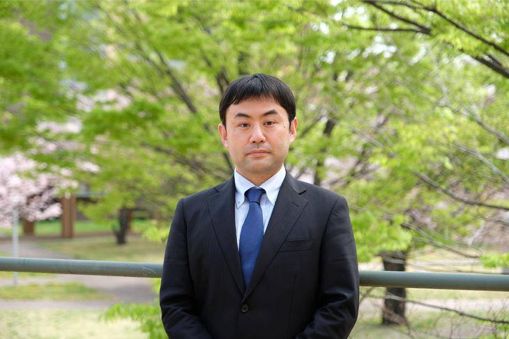 登利谷正人・東京外語大講師