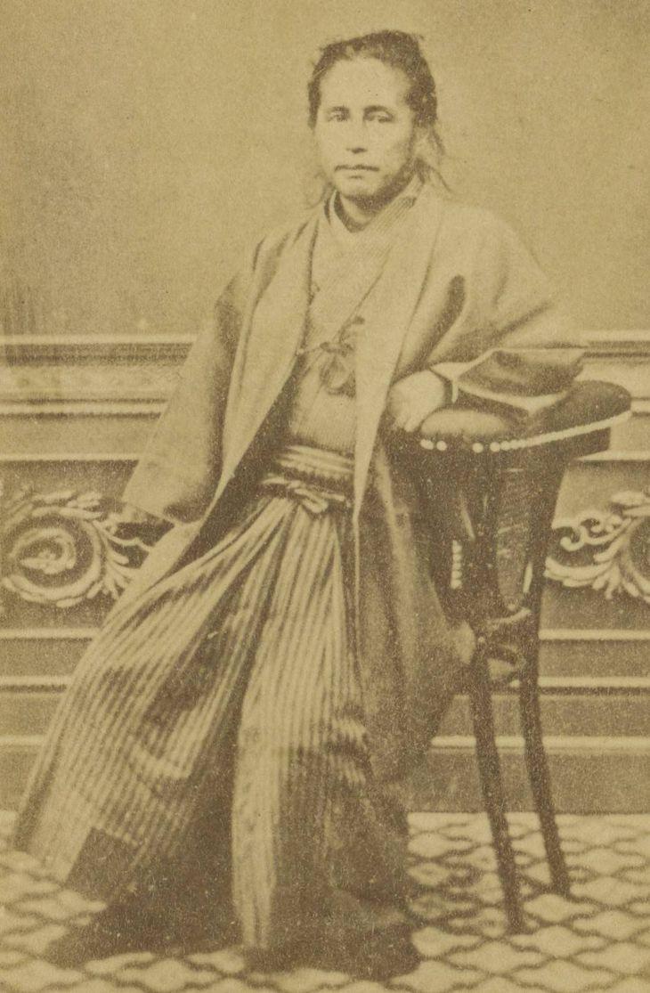 勝海舟肖像写真(福井市立郷土歴史博物館蔵)